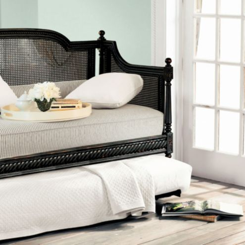 - Louis Daybed With Trundle