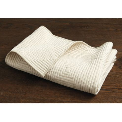 Bunny Williams Stitched Pet Blanket