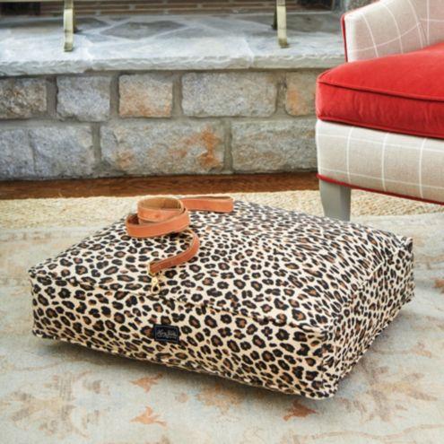 Leo Dog Bed
