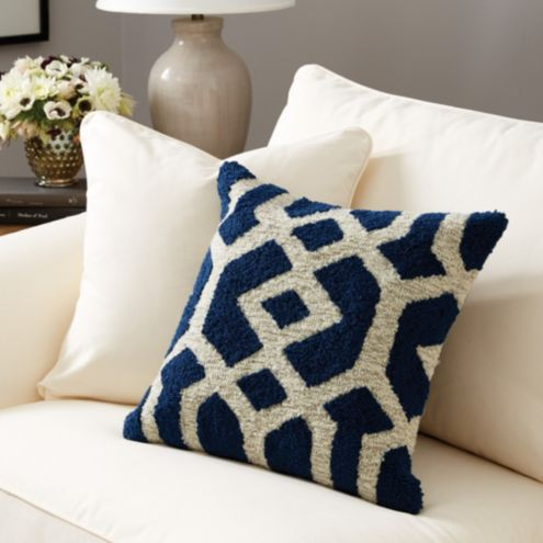 Saylor Indoor/Outdoor Pillow