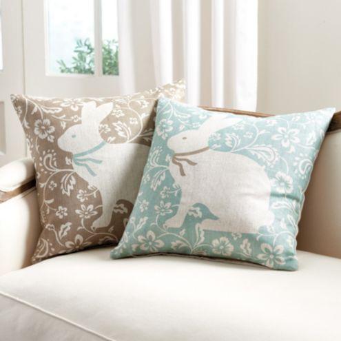 Beatrix Linen Pillow