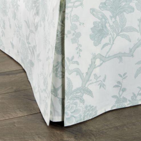 Jardin Toile Bedskirt - Gray