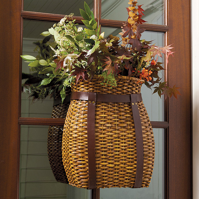 Front Door Baskets: Adirondack Hanging Basket