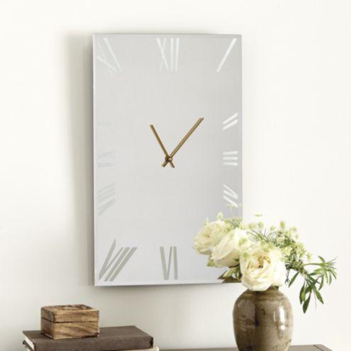 Avera Clock