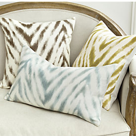 wilde pillows