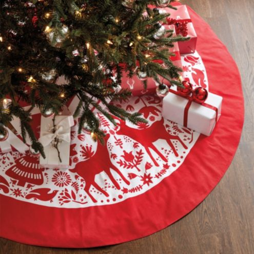 Yuletide Embroidered Tree Skirt