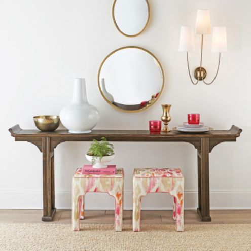 Ananda Serving Table