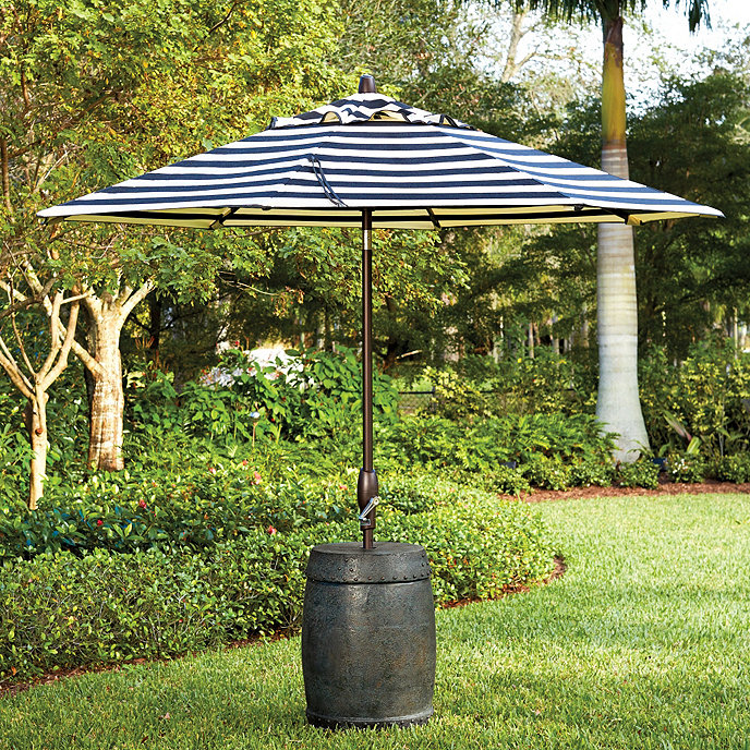Umbrella Stand For Garden: Garden Seat Umbrella Stand