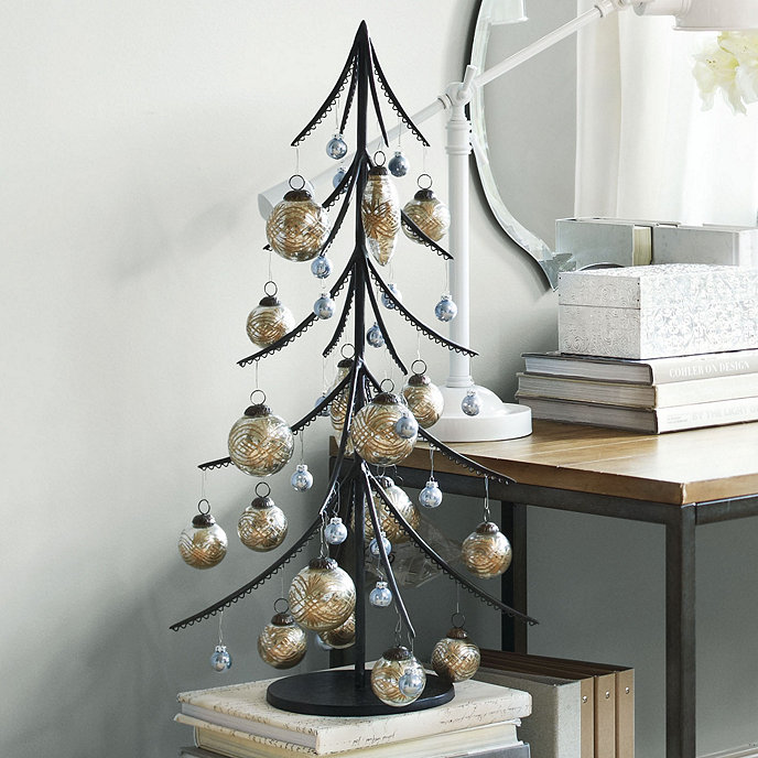 Metal Tabletop Christmas Tree: Iron Ornament Tree