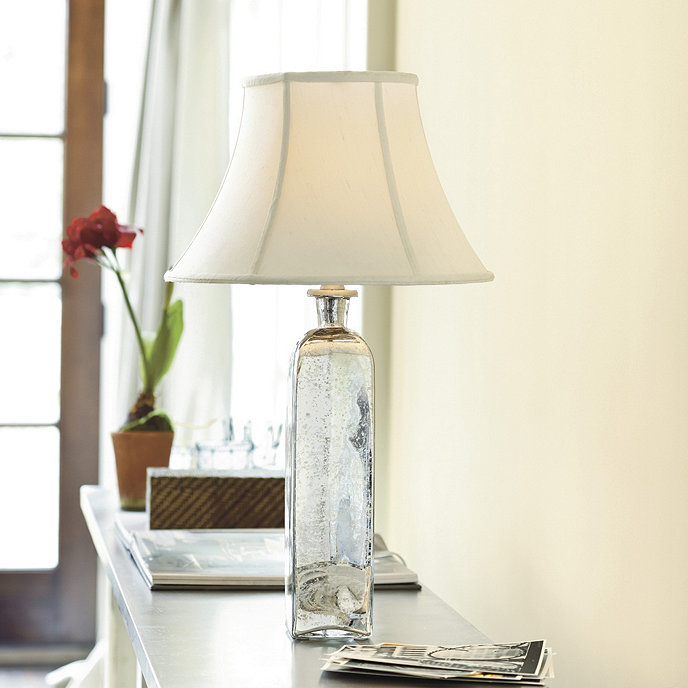 Bethany accent lamp